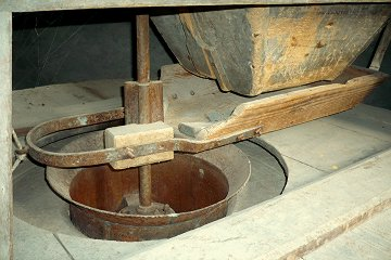 Gros plan trémie moulin